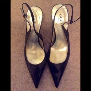 NEW GUESS Pointed Black Sling Back Pump